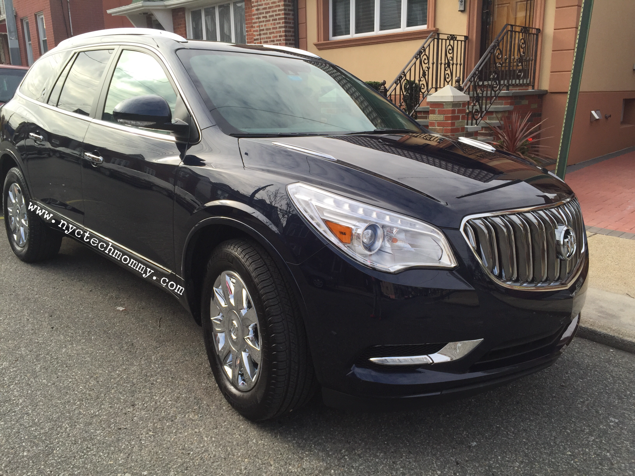 2016 buick enclave review nyc tech mommy. Black Bedroom Furniture Sets. Home Design Ideas