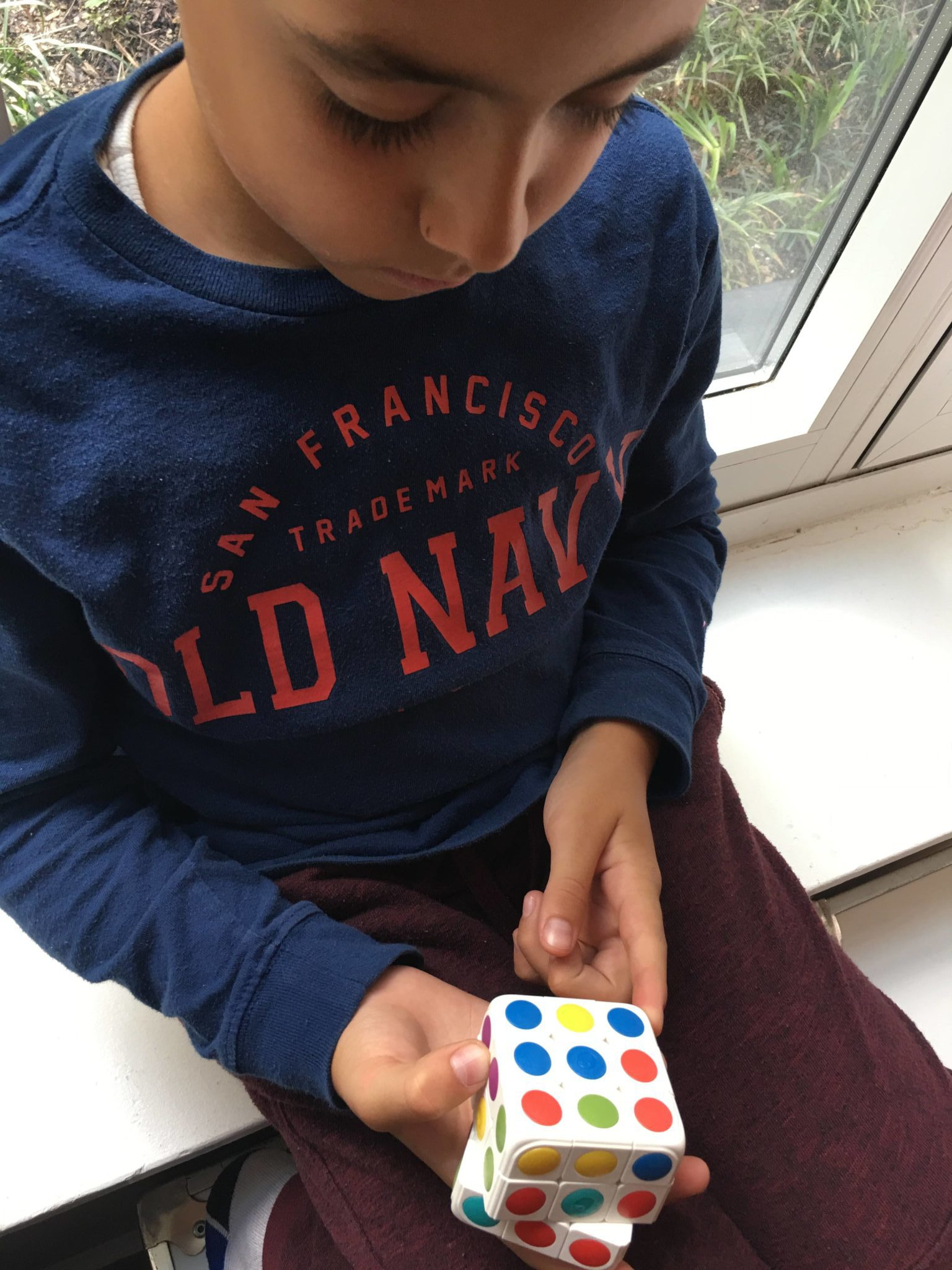Ever been frustrated by the Rubik's Cube? Now you can enjoy solving the Rubik's Cube with Pai Technology's Cube-tastic! A reinvented 3D puzzle cube + AR app