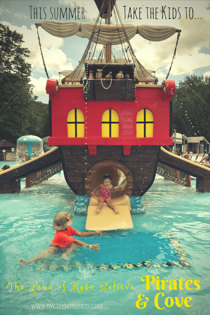 Summer is all about making new memories! Learn about our experience taking the kids to the Land of Make Believe and I'm sure you'll want to go too! It's the perfect place for little kids -- water fun, little rides, and there's even a Santa Claus!