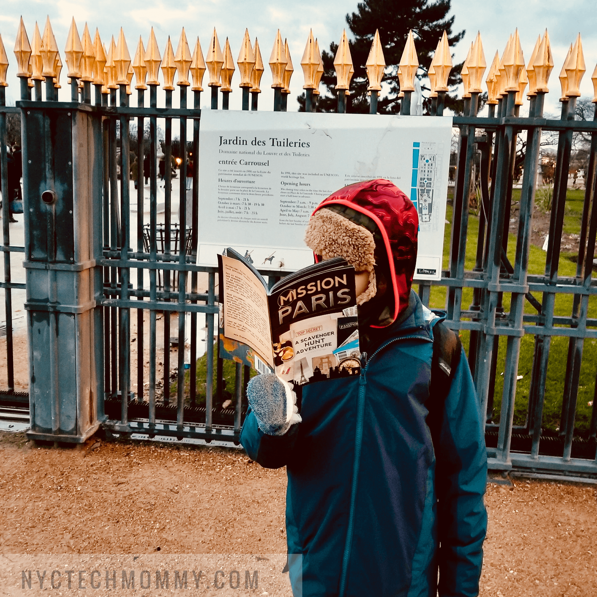 Exploring Paris with kids -- Paris with kids may seem overwhelming but is really doesn't have to be. Here are all the deets you need to go before you go! #Paris #FamilyTravel